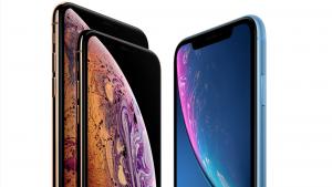 smart phones comparing display screens